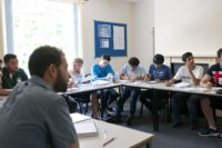 4-lewis-school-of-english-image-gallery-front-student-class-1024x680